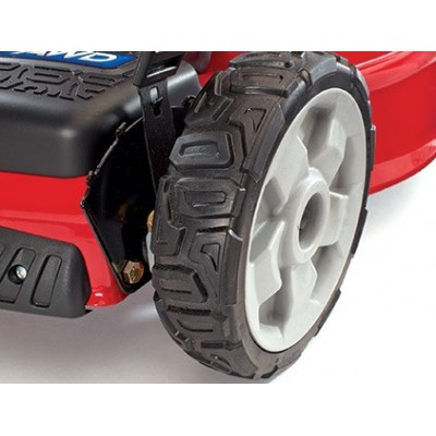 TORO 550 C REC 4x4 - Mower and a gasoline - robust Design