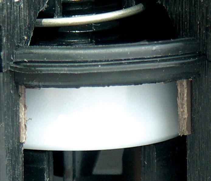 Válvula TORO TPV eléctrica, robusto diafragma de Santoprene® de doble labio, resistente a la cloramina y al ozono