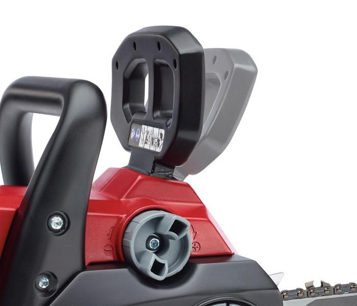 Reducción del retroceso de la motosierra TORO 40V