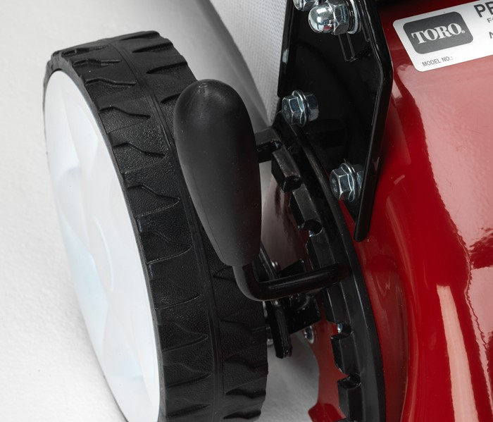 Altura de corte ajustable con una sola palanca del cortacésped 460 C REC  de TORO